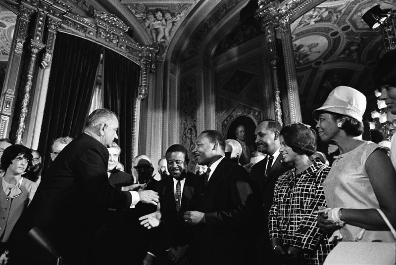 08_johnsonking_voting-rights-act-of-1965