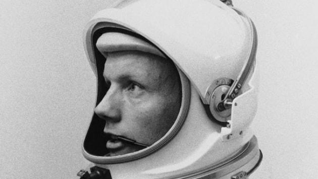 Le foto di Neil Armstrong che non abbiamo (quasi) mai visto