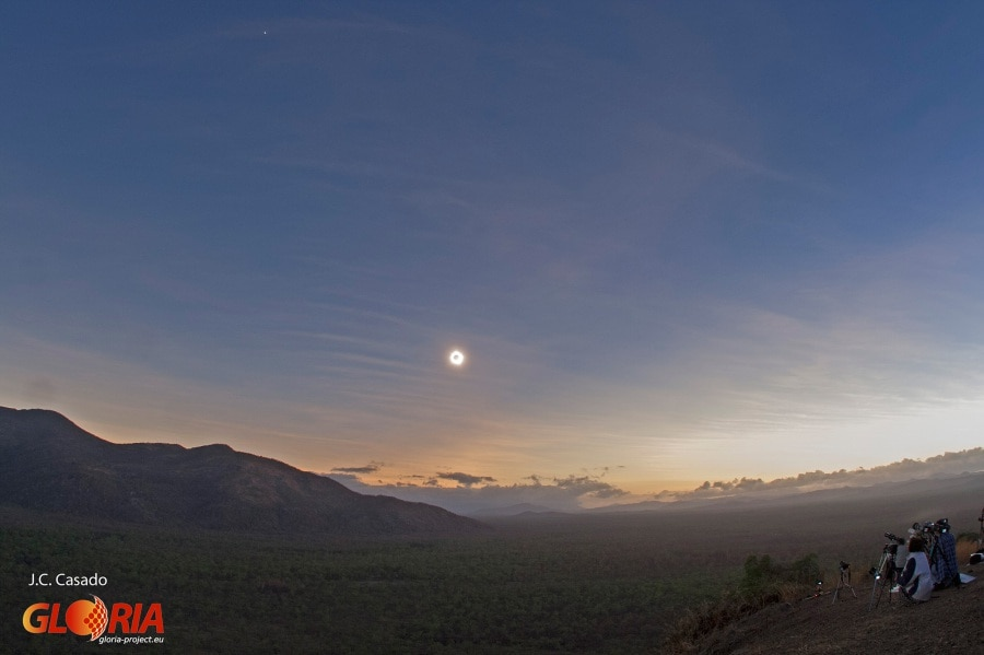eclipse2012-outback-land-01s