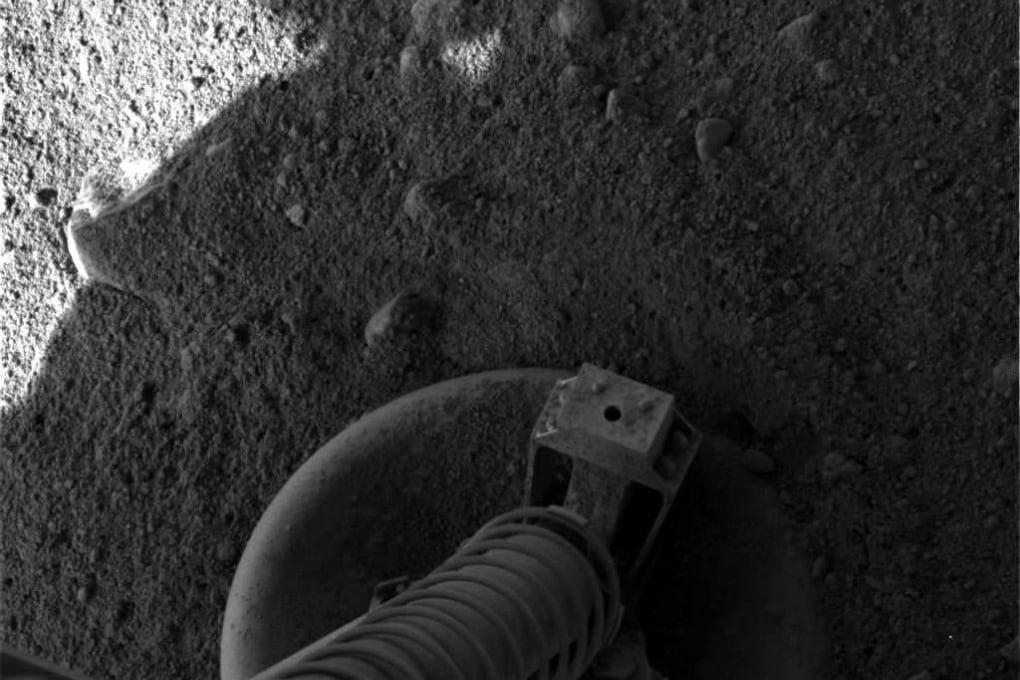 La Fenice rinasce e vola su Marte in cerca di ghiaccio