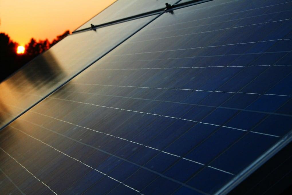 Qualche litro di pannelli solari