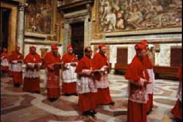 Perché quando si elegge il Papa si fa la fumata bianca?