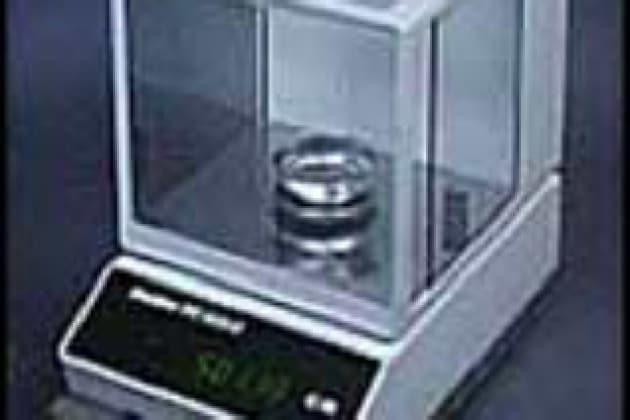 Come si misura il peso di oggetti leggerissimi?