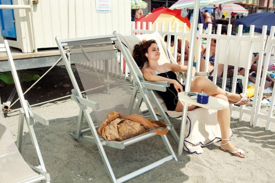 Psicologia da spiaggia: 8 tipi sotto l ombrellone