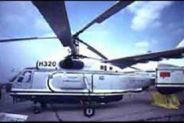 Che vantaggi danno due rotori nell'elicottero?