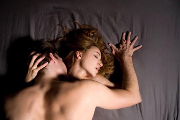 Perché il respiro durante l'orgasmo cambia in modo riconoscibile?