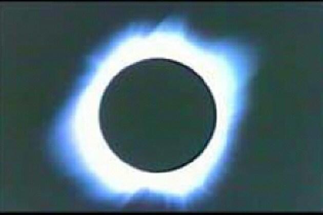 Perché è rara un'eclisse di Sole in Italia?