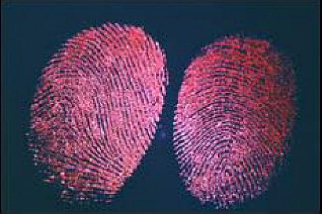 Come si fa il rilevamento delle impronte digitali?