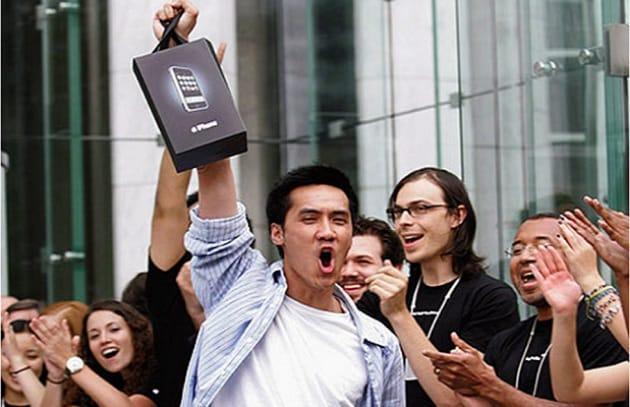 La fedeltà a Apple fa crollare Nokia e RIM