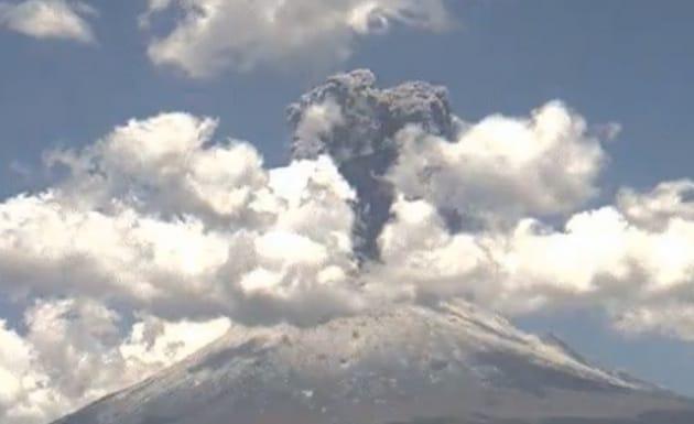 Messico, il time-lapse di un'eruzione vulcanica in 30 secondi