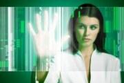 ragazza-schermo-touch-futuro-619x400_213225