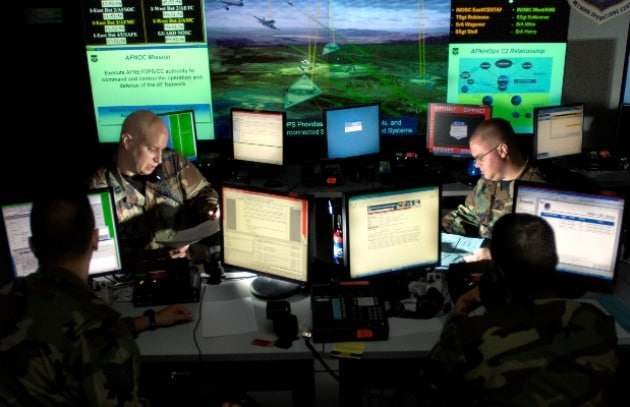 Pentagono: si può sparare contro un hacker