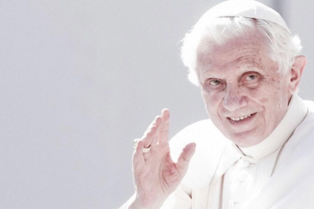 Papa Benedetto XVI sceglie Android
