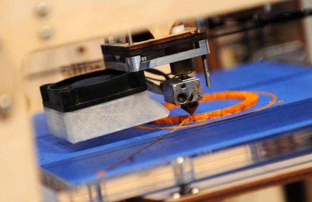 L'orecchio che si stampa in 3D