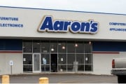 aarons_205985