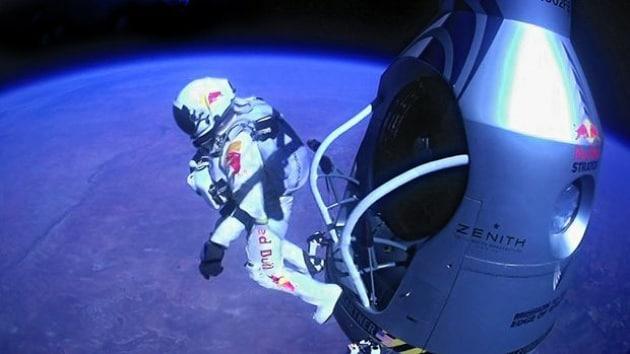 Più supersonico del previsto: Felix Baumgartner ha toccato una velocità di Mach 1.25