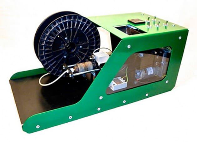 filabot per stampare in 3d con plastica riciclata. Black Bedroom Furniture Sets. Home Design Ideas