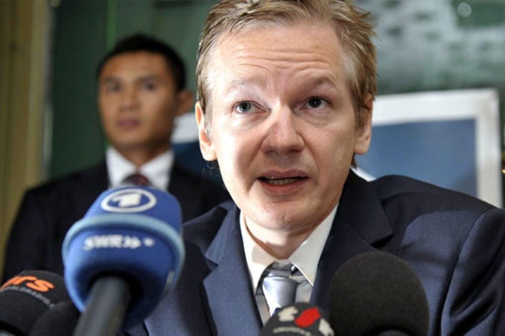 Assange in tribunale contro estradizione