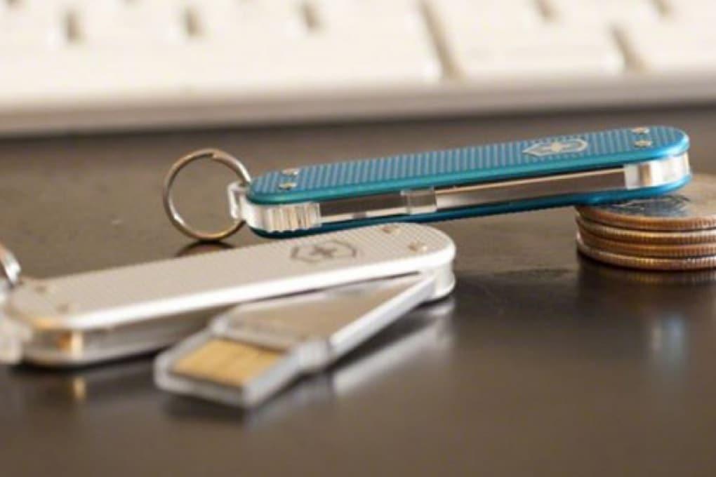 Il coltellino svizzero con la chiavetta Usb