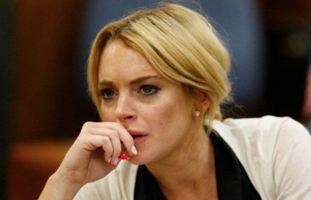 Ci risiamo! Paparazzo denuncia Lindsay Lohan