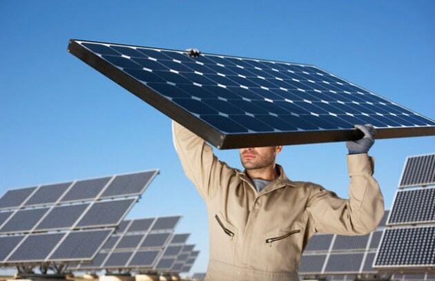 anche-i-pannelli-fotovoltaici-vanno-riciclati_217908