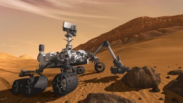 Rover Curiosity e altri robot su Marte