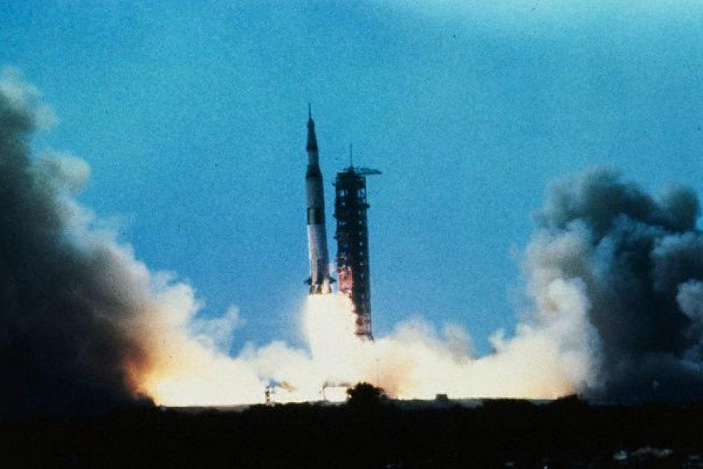 Il papà di Amazon sulle tracce dell'Apollo 11