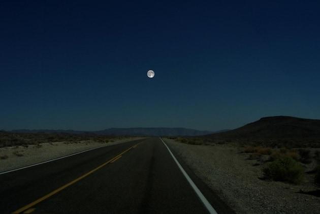 E se al posto della Luna ci fosse...