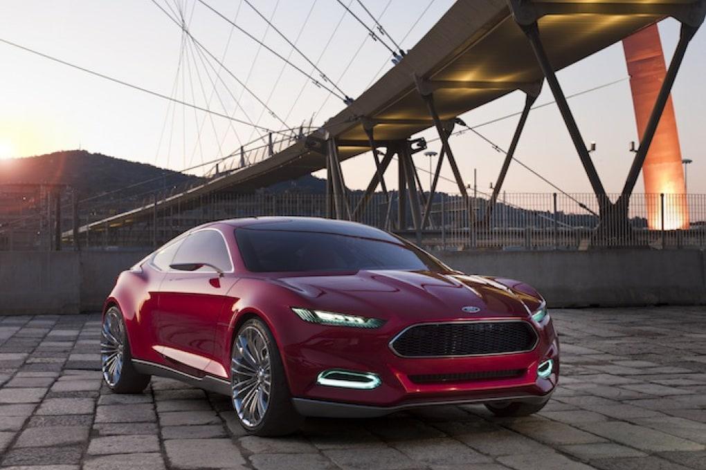 Ford presenta Evos, l'auto collegata alla nube