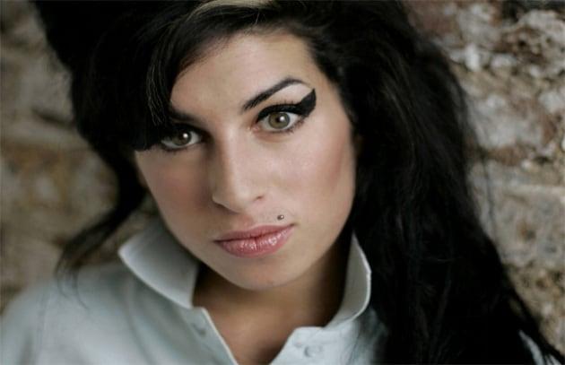 La morte di Amy Winehouse scatena i truffatori sui social network