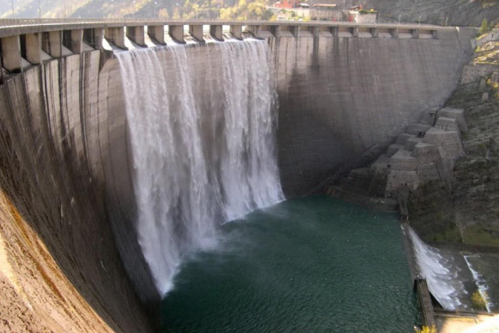 Polemiche da ogni dove per la nuova diga brasiliana