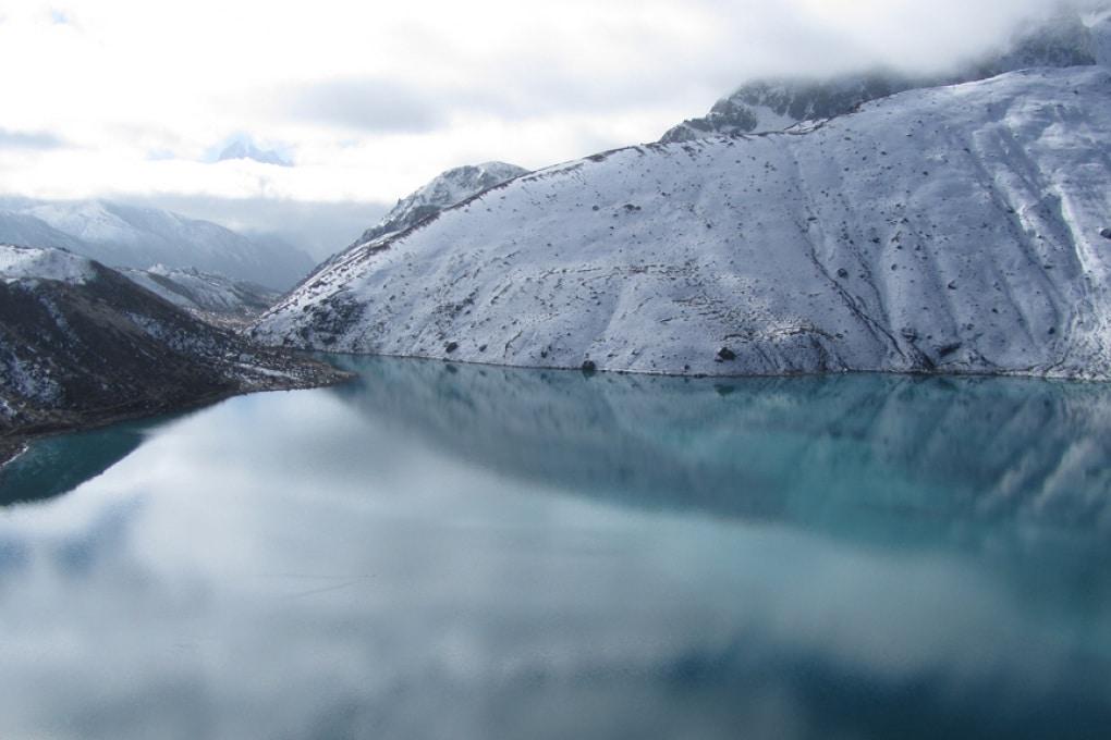 Rischio tsunami di ghiaccio per i villaggi del Nepal