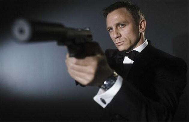 Sospeso il nuovo film di James Bond: mancano i fondi
