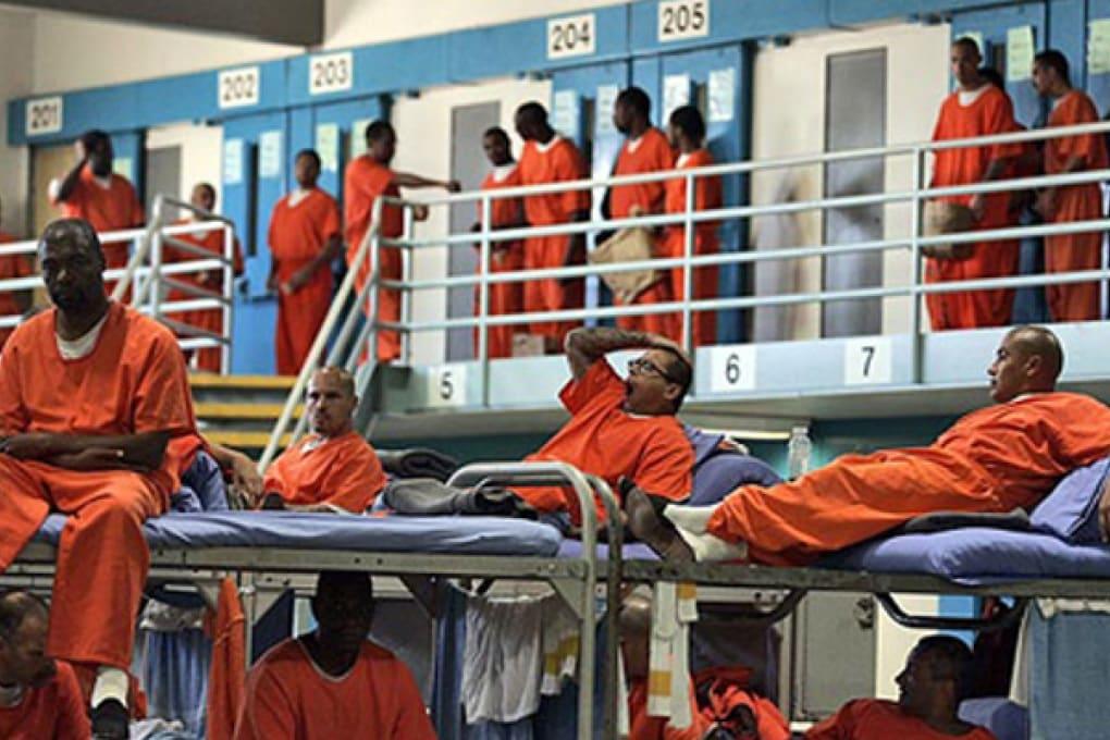 California: rilasciati per errore 450 detenuti pericolosi