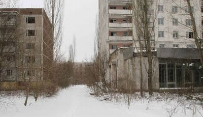 chernobyl_then_and_04_158640