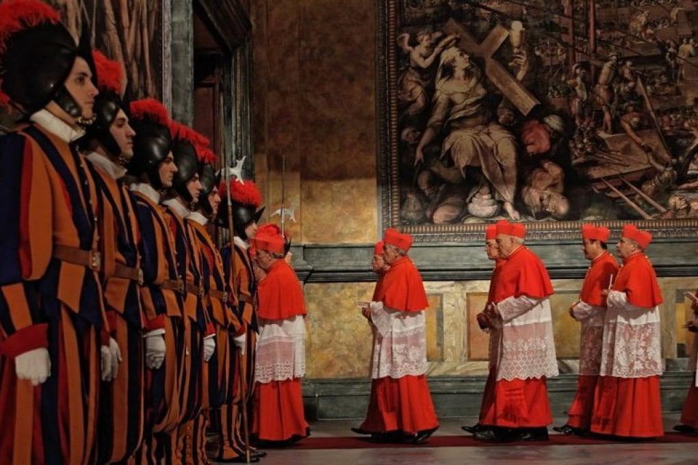 Come funziona un conclave?