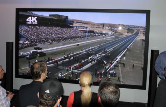 TV 3D Ultra-HD da record: ben 152 pollici!