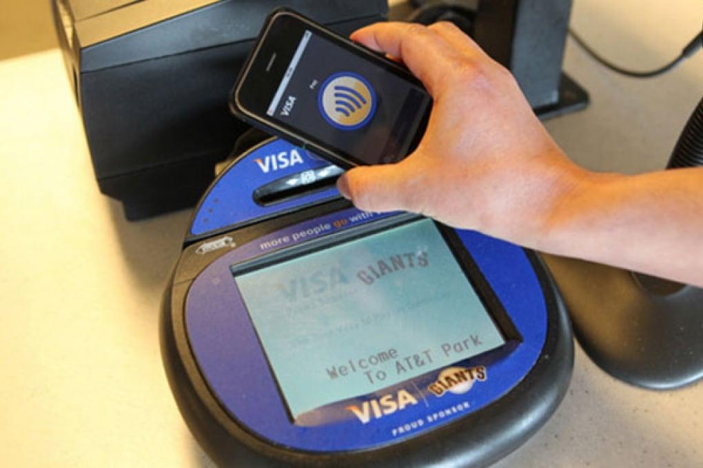 Web-scoop: iPhone 5 diventa una carta di credito