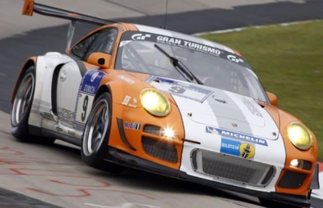 La Porsche ibrida è più veloce delle auto a benzina