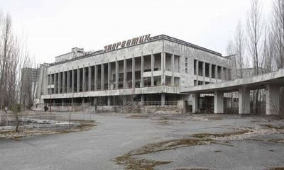 chernobyl_then_and_06_158660