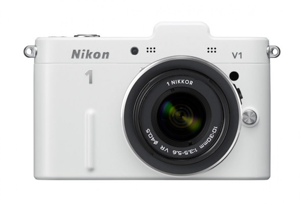 Nikon V1 - 849 €