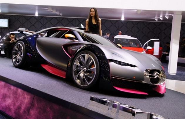 Letto A Forma Di Macchina Da Corsa : Auto elettrica u2013 survolt: la macchina elettrica da corsa focus.it