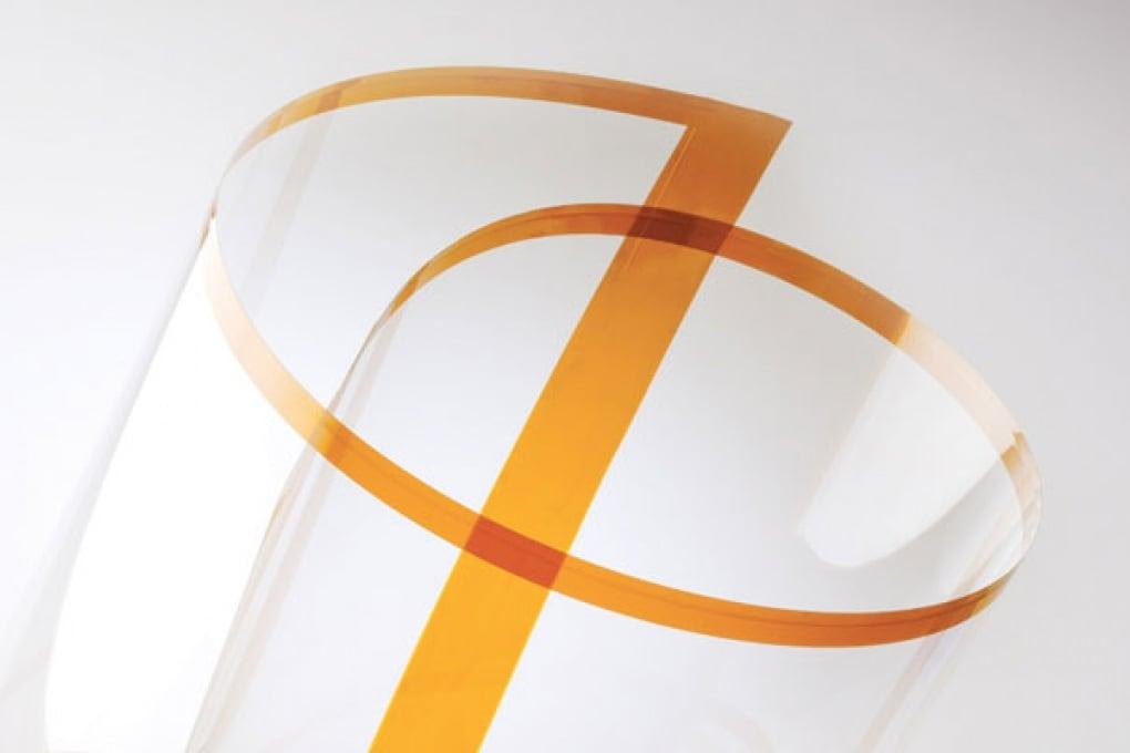 Il vetro flessibile per gli smartphone del futuro