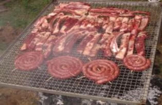 Una dieta a base di carne danneggia l'ambiente