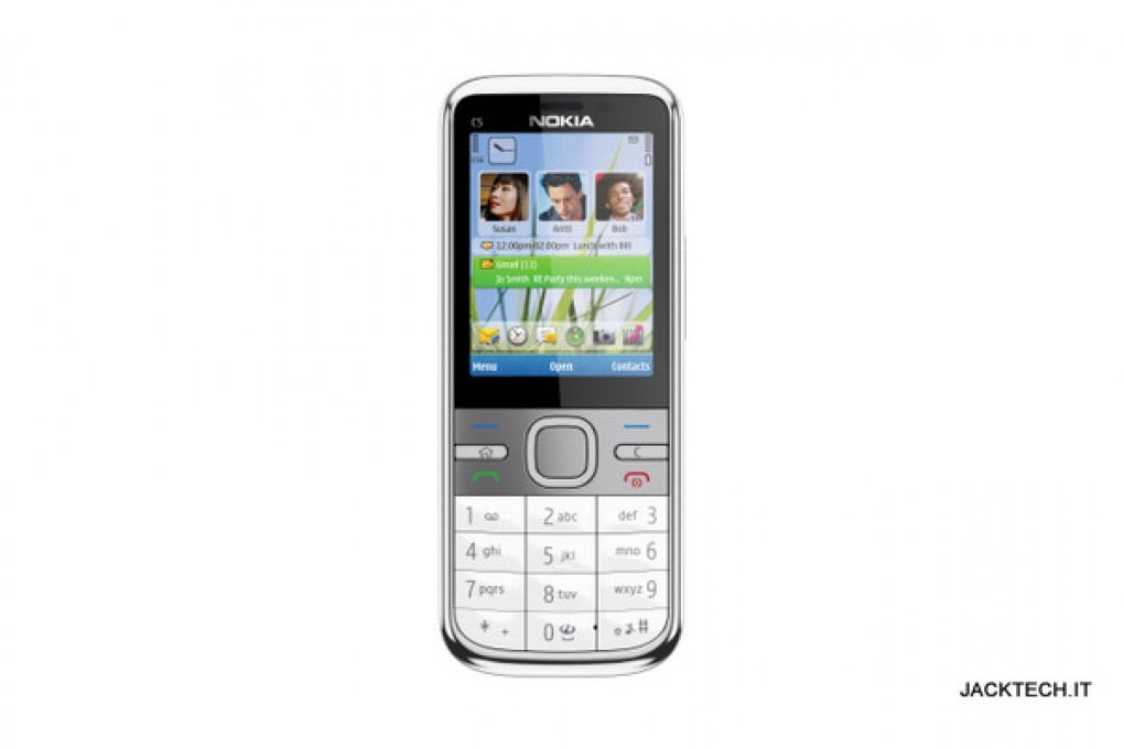 Nokia C5 – 170 €