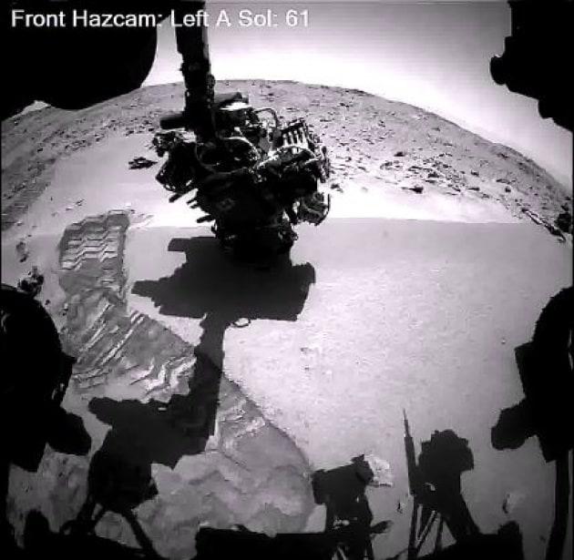 Curiosity: 9 mesi su Marte in 1 minuto