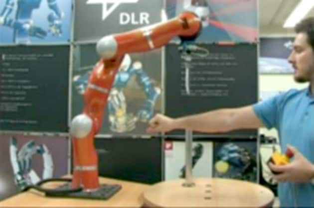Video - Il robot accoltellatore