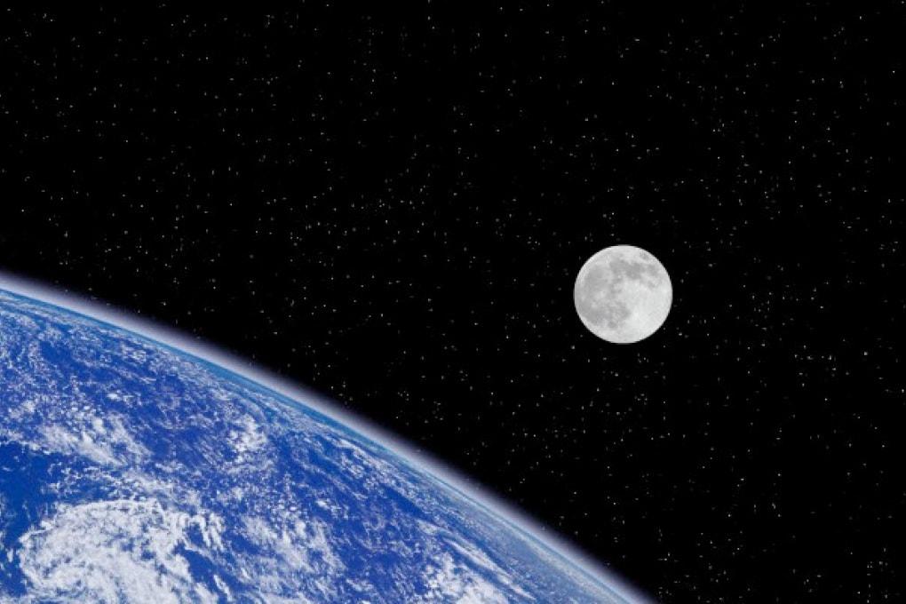 Spazzatura umana hi-tech anche sulla Luna!