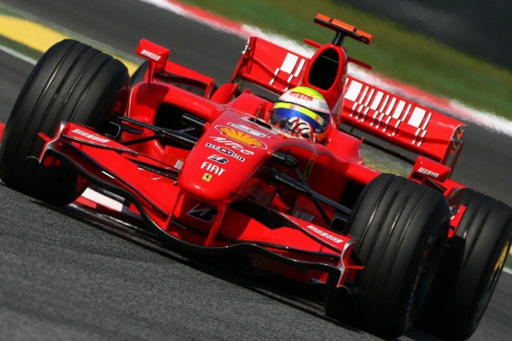 La UE chiede alla F1 di diventare elettrica