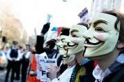 anonymous-hacker-18-01_217333